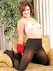 Hot Mature in Pantyhose