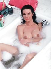 Bath Milf