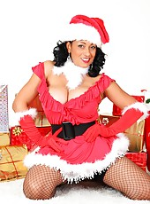 Danica Collins wishes everyone a Happy Christmas