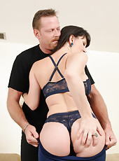 Horny and mature RayVeness sucks on a hard cock before fucking