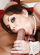 Victoria Valentino Dribbles Cock Sauce After Hard Fuck