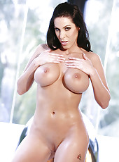 Naughty Milf Veronica Rayne Does A Sexy Little Strip