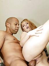 Christie Lee gets her pussy split wide open