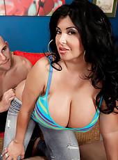 Latina Goddess Of Boobs & Booty