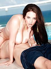 Bikini Chickie Babe