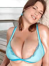 Terrys Tit Show