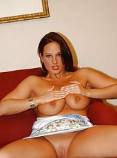 Bueatiful model type babe has an amazing time sucking dick