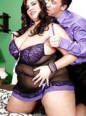 Huge Tits & Raw Sex