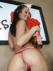 Curvy brunette Jayden sucks off a huge cock