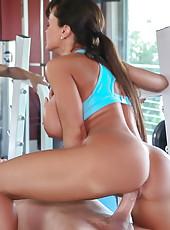 Phenomenal body on this big titty babe