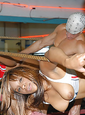 Super sexy brown girls gets slammed in the boxing rink these 2 hot horny young suts are fine