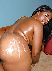 This phat assd ebony hottie is gettin down and dirty with us in these hot pics