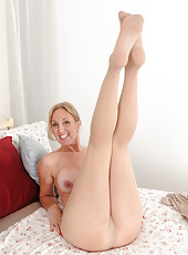 50 year old blonde hottie Jenna Covelli rocking out in her nylons