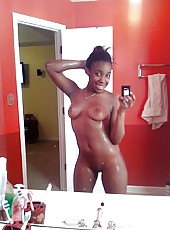 Gallery of ebony girlfriends self-shooting naked