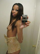Picture selection of an amateur ebony hottie camwhoring