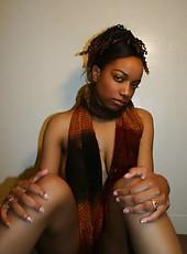 Photo gallery of an ebony chick
