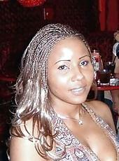 Pictures of curvy amateur ebony babes