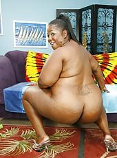 Dark skinned MILF with big boobs getting banged hardcore