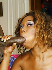 Centerfold quality ebony MILF doing the reverse cowgirl