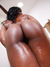 Hot Ebony Takes A Warm Load In Her Twat