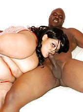 Ebony girl with lots of curves getting fucked and jizzed on