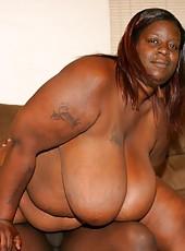 Fattest Ebony Ever Works Huge Black Cock