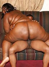 Giant Ass Black Amateur Rides on Top