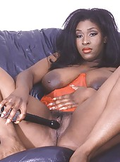 Big ebony mama posing in red lingerie