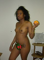 Photo selection of sexy amateur ebony babes