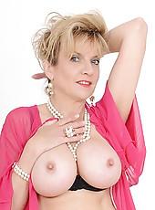 Busty lingerie milf
