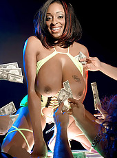 What Goes On In Strip Clubs Gets On <i>scoreland</i>
