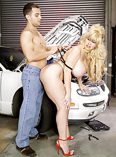 You Just Cant Find Auto Mechanics Like Her
