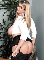 This Secretary Has A Huge Rack!
