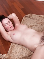 Veronica Snow is a sexy hairy American. With her man, she drops to her knees to give a sexy blowjob. Naked, her hairy pussy engulfs his cock and he fucks her hairy beaver deeply until he explodes.