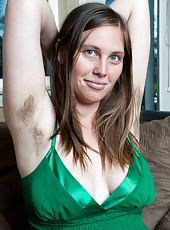 Curvaceous hairy girl Lindsay is enjoying her afternoon break, but reading is taking a little too much brain power. She stretches, revealing her hairy pits, before doing something a little more fun.