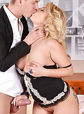 Office Babe Gets Double Penetrated
