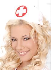 Nurse Bibi Noel sucking doc\