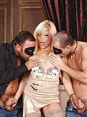 Blonde horny Lea L sucks two guys