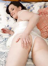 Milfs in Panties