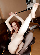 Seductive cougar Mystique gets creative with her wet hairy twat