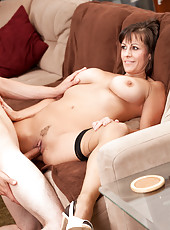 Mature milf teaches her daughters boyfriend how to lick her twat