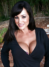 Hot Lisa Ann has hot sex with big black cock outside.