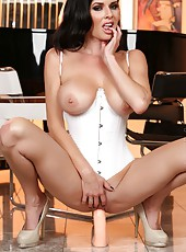 If you love pretty brunettes, sexy lingerie and some dildo play Veronica Avluv is your girl.