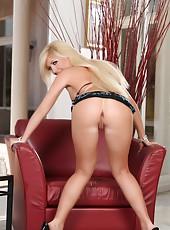 Tasha Reign hot innocent blonde!