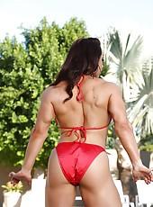 Bodybuilder Brandi Mae strips from her bikini and flexes her rock hard body.