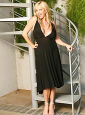 Rachel Aziani in sexy black dress