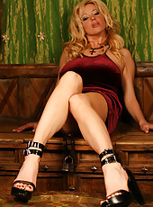 Busty Rachel Aziani in her soft velvet dress, high heels and a sultry mood.