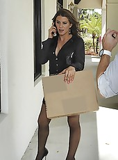 Hot milf picked up while trying to carry in boxes to her house hot milf sex