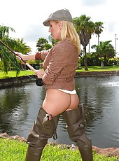 Amazing super hot fucking sports store babe get fucked in the grass in these backdoor fucking pics
