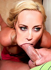Check out this hot milf pimp herself on line then get banged hard with a mega shlong in this hot amateur movie